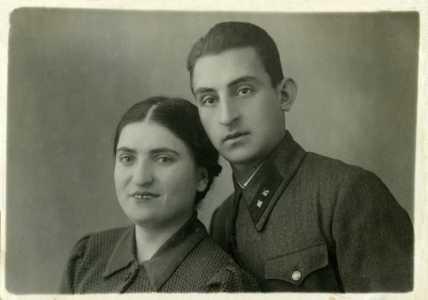Майзель Ерма и Гита.