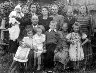 Iosif Raihman, Nihama Raihman (Golubkina) with children and grandchildren.