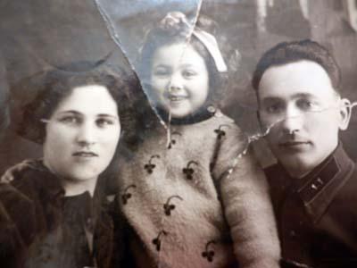 Семья моей бабушки Сарры.