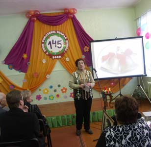 Olga Notkina at 145-year anniversary of Kolyshki secondary school.