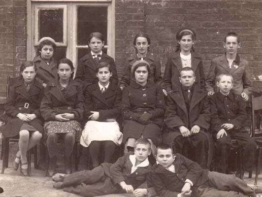 6-й класс (1940-41 учебный год) школы № 10. г. Полоцк.