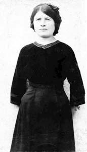 Жена Айзика (Соня большая).