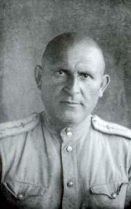 Zalman Melnikov (Manevich).