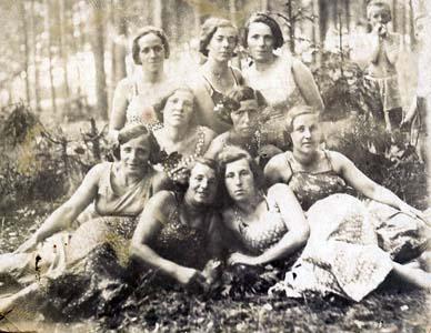 моя бабушка Мостова (Макутонина).