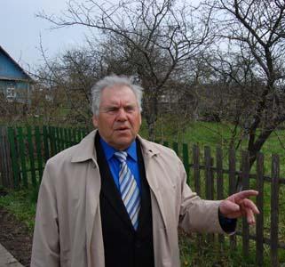 Виктор Романович Карасев.