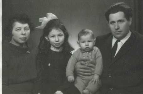 Семья Брони Соболь.