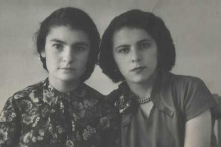 Раиса и Маня.