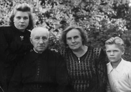 М. Синцова, В. Загорский, Г. Померанцева. 1949 г.