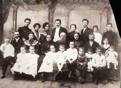Семейство Абрама-Зелика Игудина.