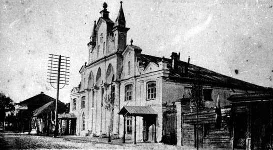 Big synagogue in Suvorovskaya Street.