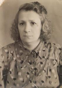 Ева Сандлер.