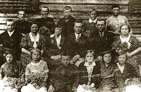 Выпуск 1941 года Шатилковской школы
