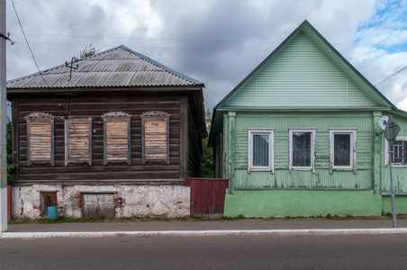 Сохранившиеся еврейские дома в Крупках.