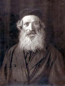 Itshok Ostrovsky.