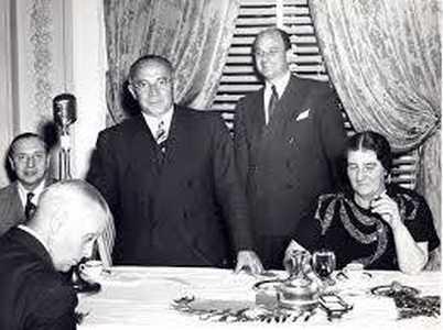 Израиль Рогозин с Голдой Меир.