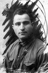 Лейзер Меерович Левин.