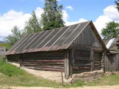 Сохранившийся еврейский лабаз (лавка) в Сапежинке.