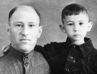 Isaak Danilovich with son Mikhail.