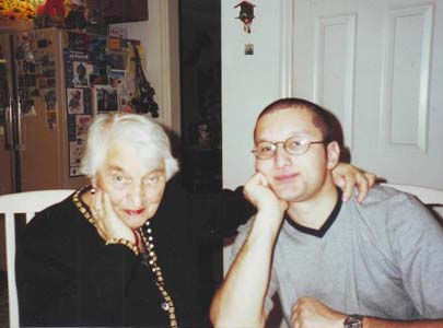 Haya Mendelevna Gofman and her grandson Boris.