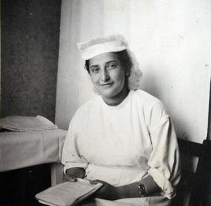 Медсестра Раиса Левина. Военный госпиталь в Бад-Польцине.