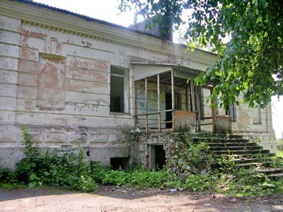 Развалины усадьбы помещиков Спытковых.