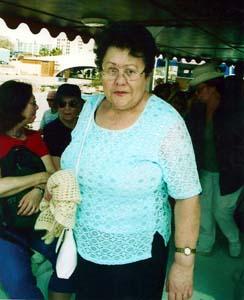 Лора Денисова (Клара Марьясина-Каган).