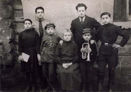 Семья Баршаев.